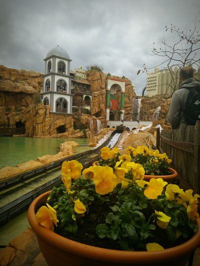 My fascination for theme parks will never reach its limit. Last weekend I finally got the time to go to phantasialand in Germany where I, a 20 year old adult, had the time of my life.Theme Park Phantasialand Log Flume Just Before The Splash Splash World Record  Steepest Drop Attraction Mexico Chiappas Fun Life Is Beautiful Showcase: April Things I Like Showcase April Colour Of Life