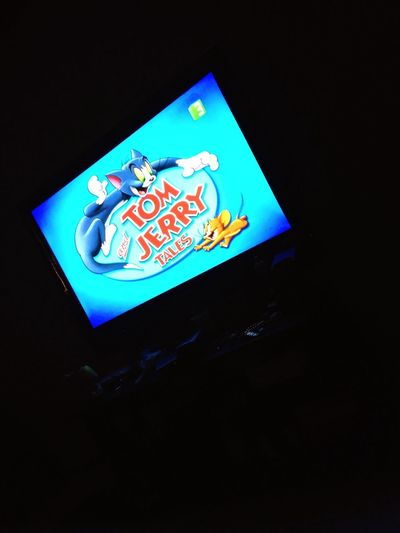 Am being a child again and watching tom and jerry 🐭🐱it's actually more fun then other TV shows to be honest 😁