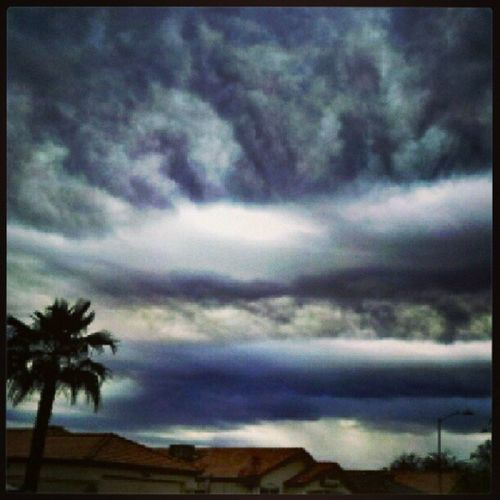 Instagramaz Glendaleaz Crazycloudcoverage Clouds Arizonaskies Cloudsoncloudsonclouds Palmtreesinphx Sunday I 'd rather be cloud watching then watching the superbowl. Lol