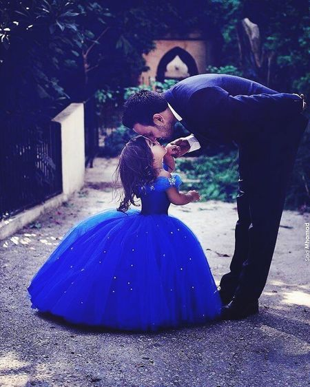 Day People Men Young Girl Father & Daughter Beauty Smiling Purple Fathers Love And Kiss Love Kiss ❤️❤️😍🐷🐷