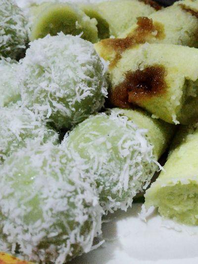Hi! Hello World Foodporn❤️ Klepon Putu Ayu TRY IT!!! Indonesian Culinary Traditionalfood Indonesia Banget EyeEm Indonesia