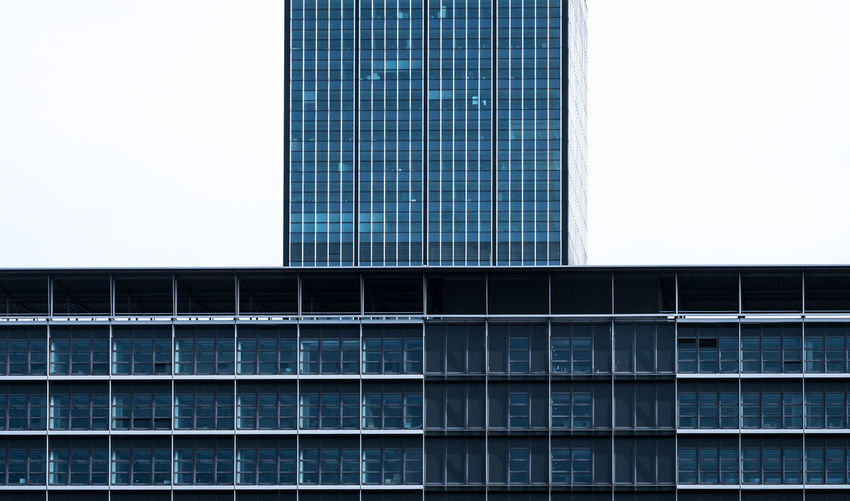 Architecture Built Structure Building Exterior No People Outdoors Building City Office Building Exterior Office Modern Sky Glass - Material Skyscraper Window Clear Sky Tall - High Copy Space Tower