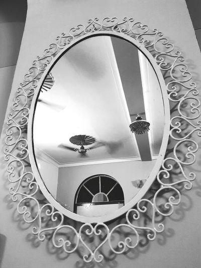 mirror Mirror Close-up