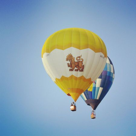 "beautiful balloon ""singha"" from Thai! its my favorite one :)) Keicomoment Helloworld Awesome Thailand"