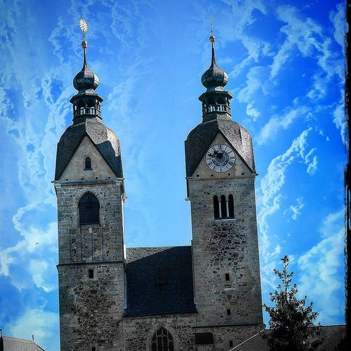 Architecture Tower Building Exterior Clock Tower Travel Destinations Built Structure History Clock No People Outdoors Sky City Close-up Clock Face Day Awesome_shots Kärnten / Österreich Mariasaal Cloud - Sky Outdoor Pictures Outdoors❤ Architecture Churchtower Church Buildings Sky And Clouds Millennial Pink EyeEmNewHere