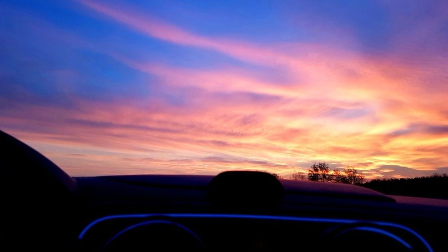 Sonnenaufgang Sunset Road Silhouette Road Trip Car Dusk Dramatic Sky Sky Landscape Cloud - Sky Car Point Of View Highway Multiple Lane Highway Tail Light