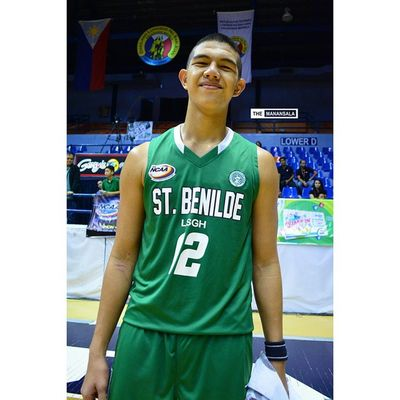 John GOB led the Greenies with 25 pts, 19 boards, 2 assts, and a block ??? . . . NCAA Ncaa90 Ncaaseason90 CSBvsSBC benildesanbeda juniors benilde lsgh greenies sanbeda redcubs hoop basketball themanansala