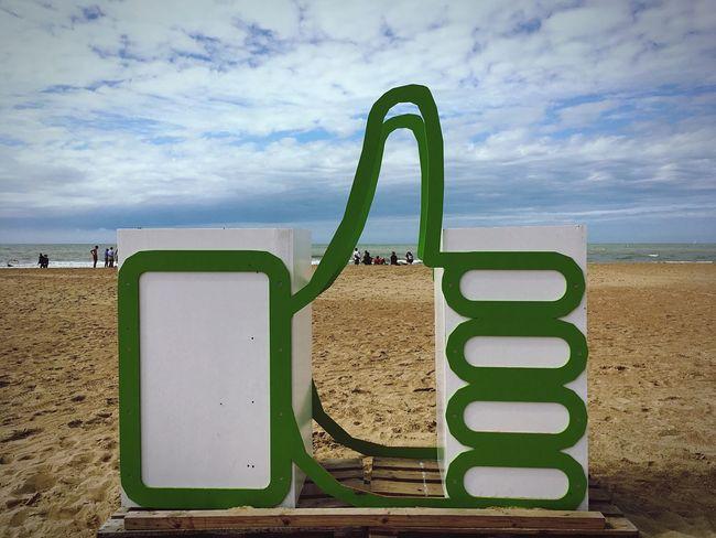 Sky Cloud - Sky Sand Beach Belgium Ostend Vacation Time Like Thumpsup