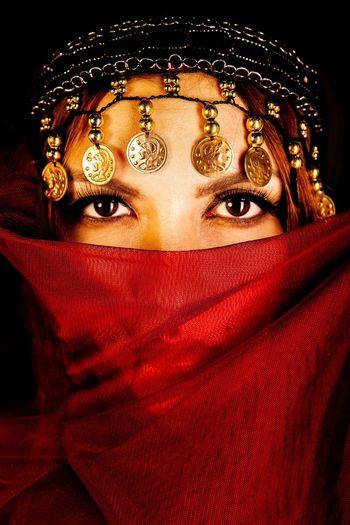 Arabic Arabic Style Arabic Girl Arabic Woman Arabic Fashion Fashion Tradition Traditional Clothing Helsinki Finland EyeEmNewHere