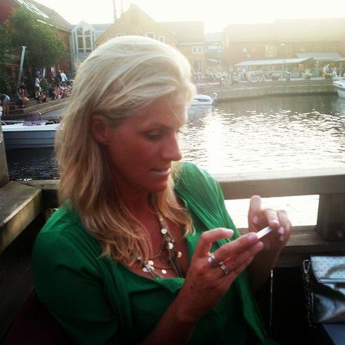 Pen kone - fin sommer. Fiskebrygga Bølgen &moi Sommerikristiansand