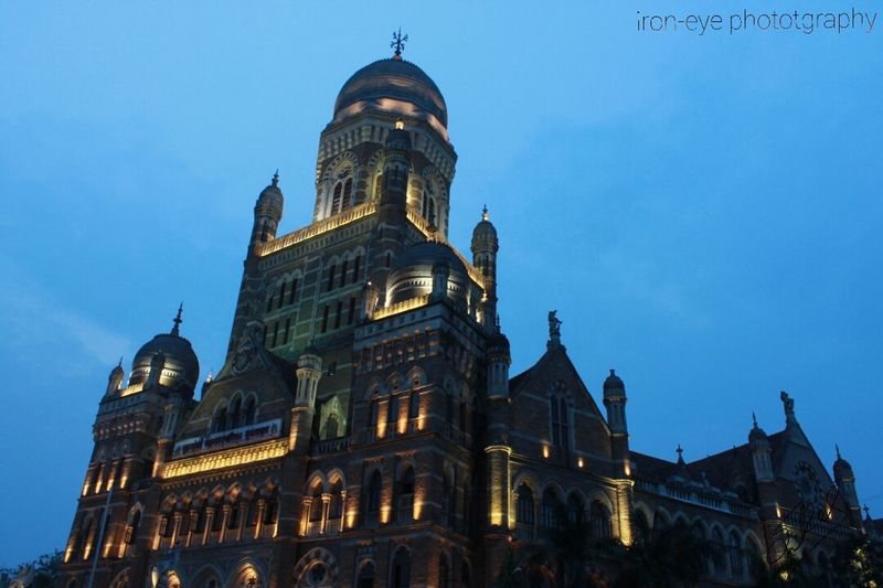A beautiful glimpse of history Taking Photos Iron-eye Photography MumbaiDiaries Seeing The Sights Historical Building Travel Photography Relaxing Beautiful View Nightphotography Walking Around The City  Architecturelovers