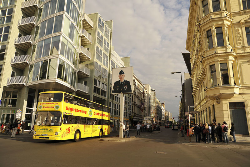 Berlin Germany Outdoors Checkpoint Charlie  Checkpointcharlie Street Sunny Day People