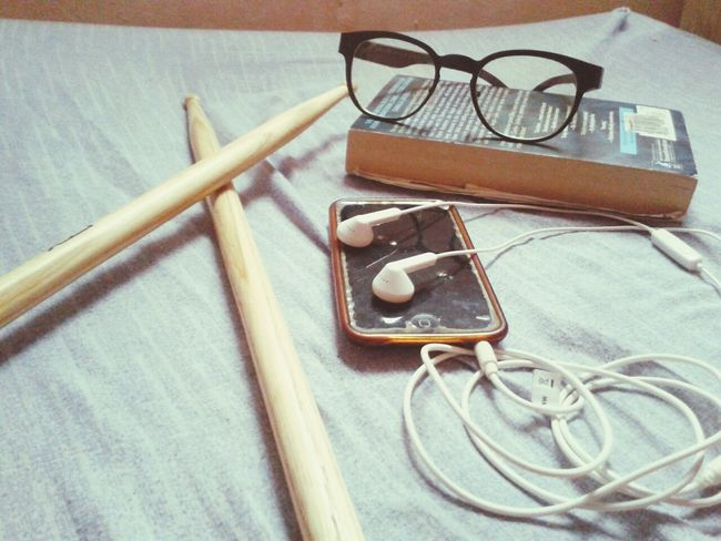 Everyday Education Apparatus Drumsticks Metronome Book Specs Ipodtouch BEATS Music