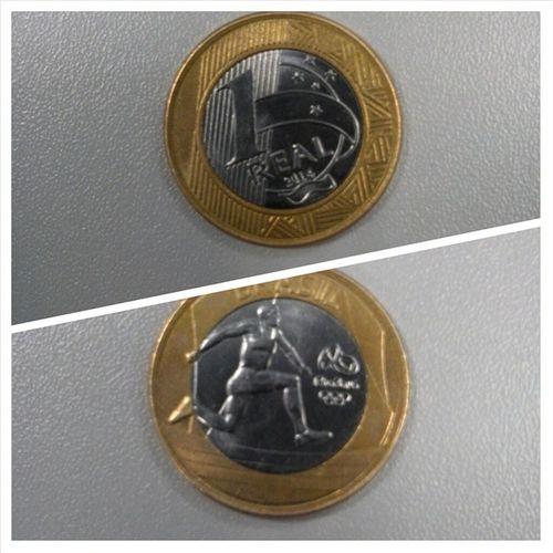 Edição comemorativa da moeda de 1 real. Essa é do esporte Atletismo. Moeda Rio2016 Atletismo Olimpiadas2016