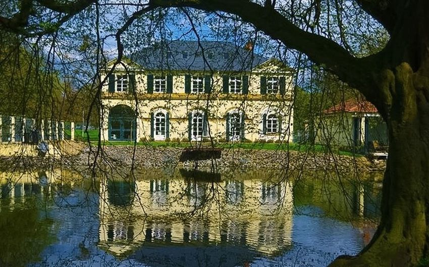 Hello World ✌ EyeEm Best Shots Old House Incredible Amazing Place Peace And Quiet Sky And Water A Capture That Cant Forget Eye4photography  Beauty In Simplicity