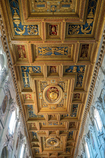 Ceiling Built Structure Indoors  Architecture No People Low Angle View Pattern Travel Destinations Ornate Design Art And Craft Building Architectural Feature Mural Religion Day Place Of Worship Creativity Belief Directly Below Architecture And Art Fresco Carving