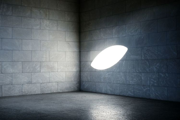 Sunlight on wall at neue wache