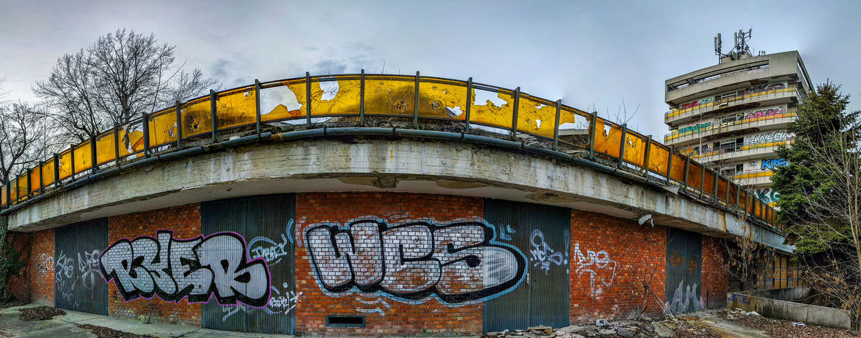 Architecture No People Building Exterior Outdoors Sky Text Day Graffiti Art Graffiti