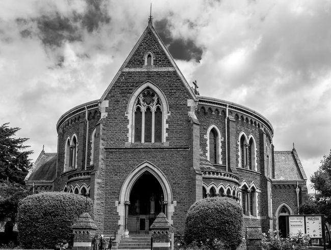 United Reform Church, High Street, Wellingborough Northamptonshire Wellingborough Monochrome FUJIFILM X-T10 Black And White Architecture Black And White Cat United Reform Church Churches Church