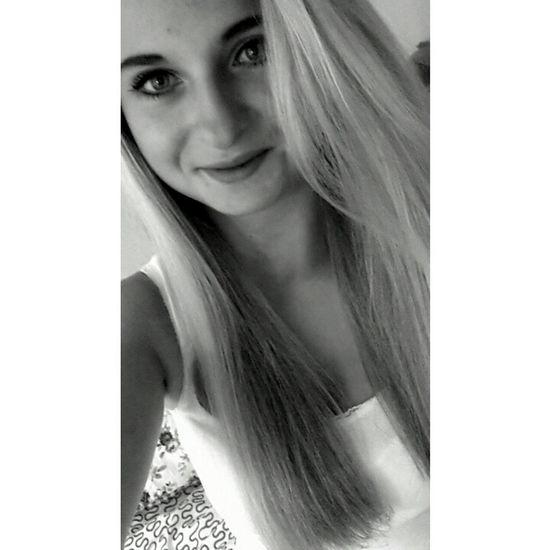 Beauty Blond Girl Green Eyes Love