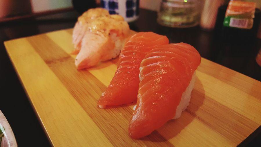 Ichibban Sushie :) Salmon Sushi Sushi Time Taking Photos Yummy :) Delicious ♡ Japanese Cuisine Favorites ! Favourite Food