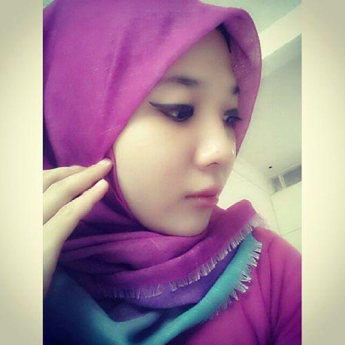Hijab Dianpelangi Purple Etudehouse tosca eyeliner chinnese korea love me