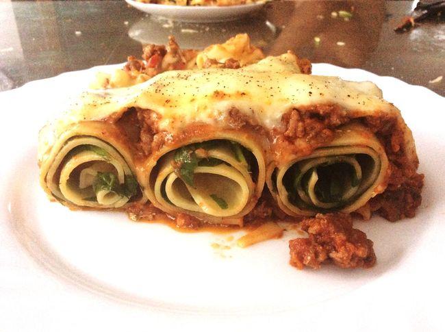 What's For Dinner? La Vida Es Bella Mealtime Homemade Lasagna Lasagne Lasagna #lunch Food Foodporn Foodphotography