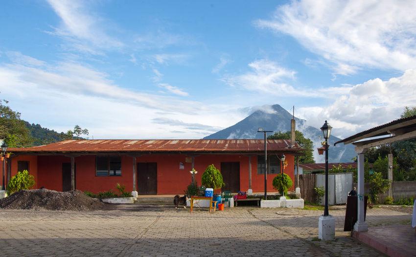 Outdoors Town Volcano Pueblo Volcán