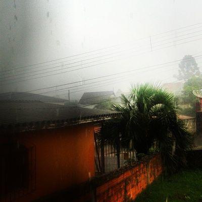 Todos nao tavam querendo a chuva . Ela ta ai . Chuva Granizo Choveupakaraio