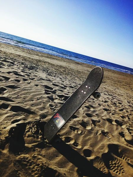 Skate spiaggia Sand Beach Shadow Day Outdoors No People Sky Desert Nature Sand Dune