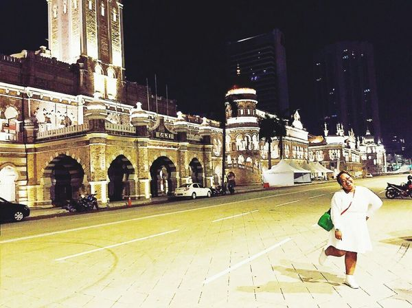 Me at 4 am in the morning. If you visit Malaysia, this is the place you need to stop for awhile and ponder. Independence Square or Dataran Merdeka, Kuala Lumpur. That's Me Hello World