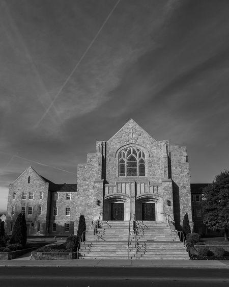 Architecture Built Structure Religion Spirituality Ozarks Missouri MissouriLife Springfield Missouri Architecture_collection Church Buildings Church Architecture Churches Church Building Exterior Architecture
