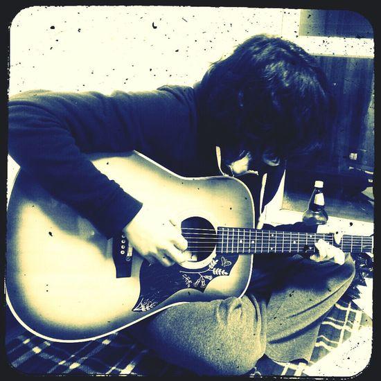 Broken strings, broken hearts Acoustic Guitar Long Ago Simplertimes Bnw