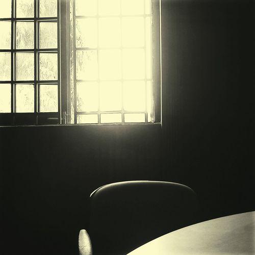 Dark corner/bright side Ravenshaw Gallery Darkness And Light