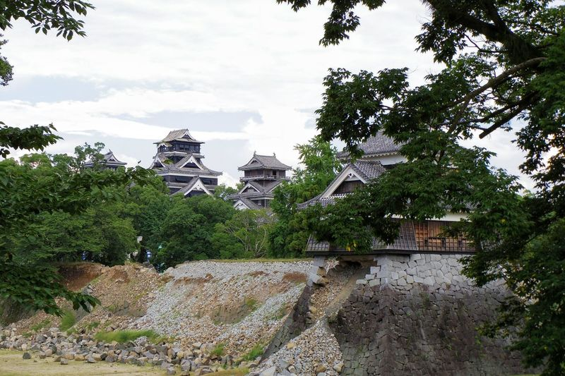 「 がんばれ熊本!!」 大好きな 熊本城 が、可哀想な姿に……(ToT) でも、これから復興していく過程を、ちょくちょく見に行くよ♪(*^^)/ Japan Japanese Castle Japanese  Japanese Culture Japanese Architecture Japan Photography Japan Scenery Japan Photos Earthquake Taking Photos Hello World Disaster Stone Wall EyeEm EyeEm Best Shots EyeEm Gallery Taking Pictures Taking Photos EyeEmBestPics Eyeemphotography 日本大好き!(*^^)/ Hello World EyeEm Best Shots - Architecture