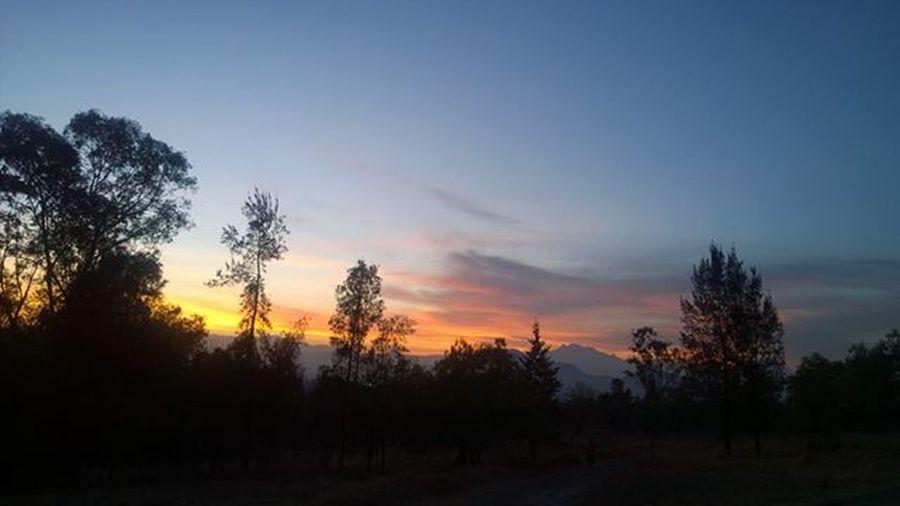 Así amanece al oriente de la Cdmx Paisajedfeño Sens_df Mexigers Mextagram Igerscdmx Igcdmx Fanslumia LumiaLove Lumia1020 Nofilter