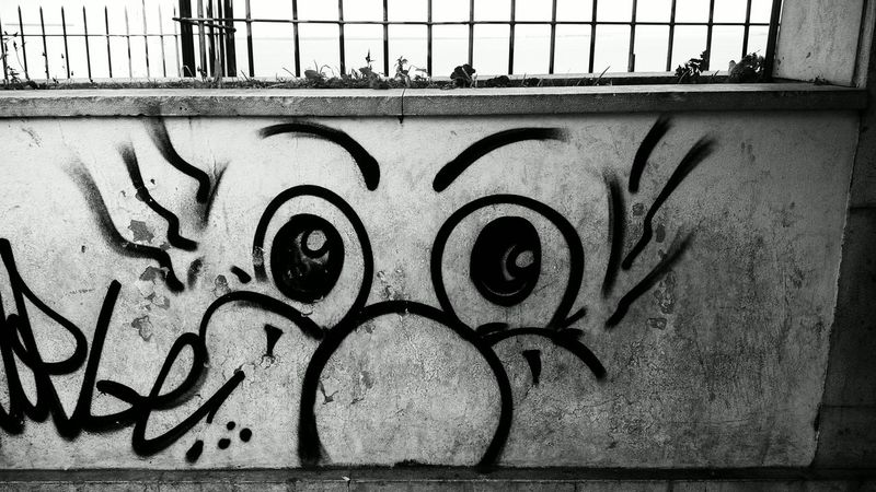 Black & White Blackandwhite Blancetnoir Bnw Crazy Face Lisbon Streetart/graffiti Streetphotography