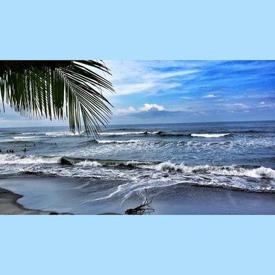 Touchdown, La Primera Playa, Morong, Bataan. With AngNawalangKapatid family.