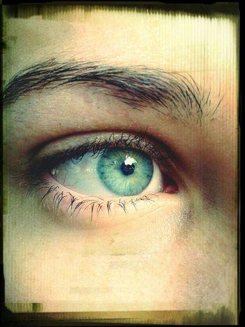 blue eye Blue Eyeblue Photography Sister samsung #samsungphoto #photo #fotografia #foto
