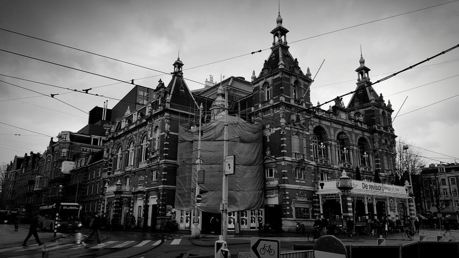 A day in Amsterdam ☆☆☆ Amsterdam City City Life City View  Leidseplein Applestore Samsung Samsungphotography S6 People Industrial Building Bus EyeEm Holland Blackandwhite