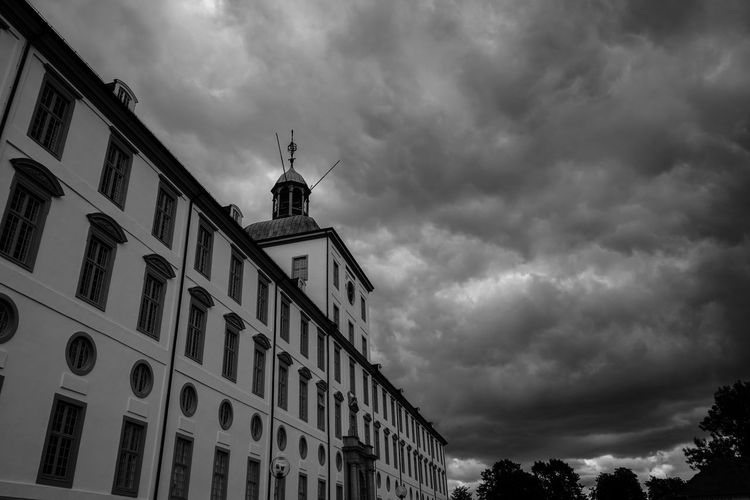 Black & White Castle Schloß Gottorf Sky And Clouds Stormy Weather Architecture Black And White Blackandwhite Building Exterior Built Structure Cloud - Sky Clouds Low Angle View No People Sky Storm Clouds
