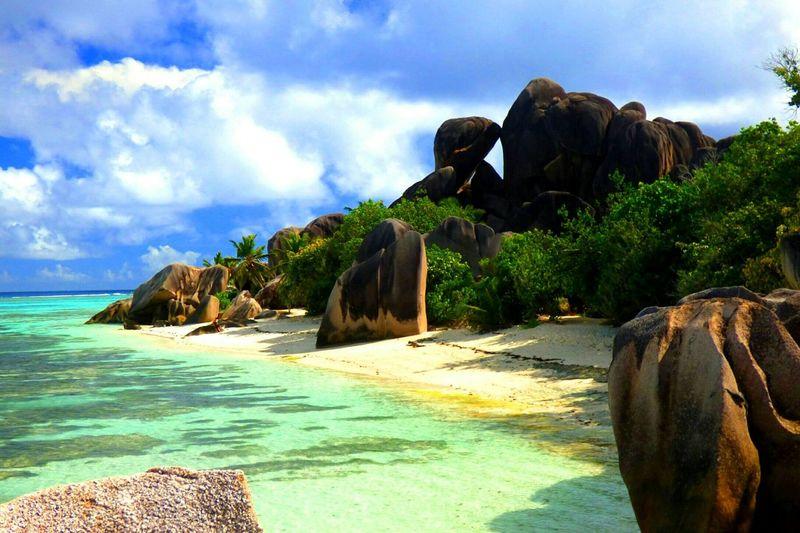 Source d'Argent, La Digue, Seychellen Source D'Argent Seychelles Seychellen Ladigueisland Ladigue Connected By Travel