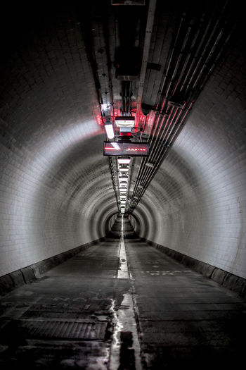 Woolwich Foot Tunnel under the Thames river, London Architecture Tunnel No People Built Structure Illuminated Lighting Equipment The Way Forward Indoors  Direction Diminishing Perspective Empty Transportation Night Flooring Subway Light At The End Of The Tunnel Arch Absence Wall - Building Feature Ceiling London Thames River Woolwich Woolwich London Foot Tunnel