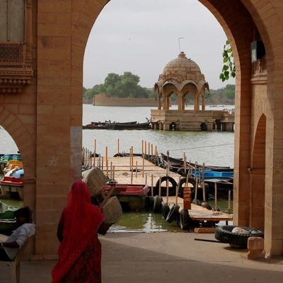 Arch Travel Destinations People Outdoors Architecture Jaisalmer Jaisalmar,India Jaisalmerdiaries Jaisalmertrip India Indiapictures Indianphotography Indiaincredible Indiatravelgram Rajasthan Trip Rajasthantrip Rajasthan India Rajasthan_diaries Rajasthan