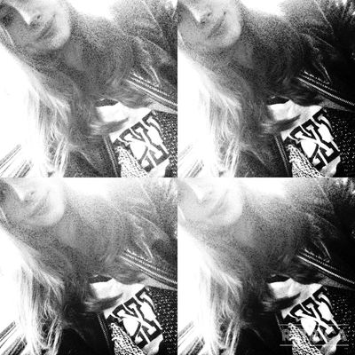 Blackandwhite Smileee(: Instagram : _aseeenaaa_ Follow me and I Follow Back :))