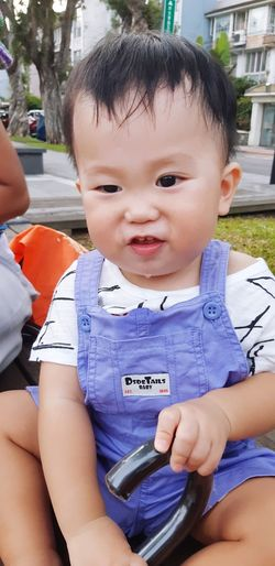 Portrait Childhood Sitting Child Smiling Looking At Camera Baby Cute Close-up Babyhood One Baby Boy Only Toddler  Baby Boys 12-23 Months Babies Only