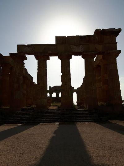Italy Italia Selinunte Colonne Del Tempio E O Di Era Selinunte Sicilia Sicilia Monuments Monumenti Magna Grecia