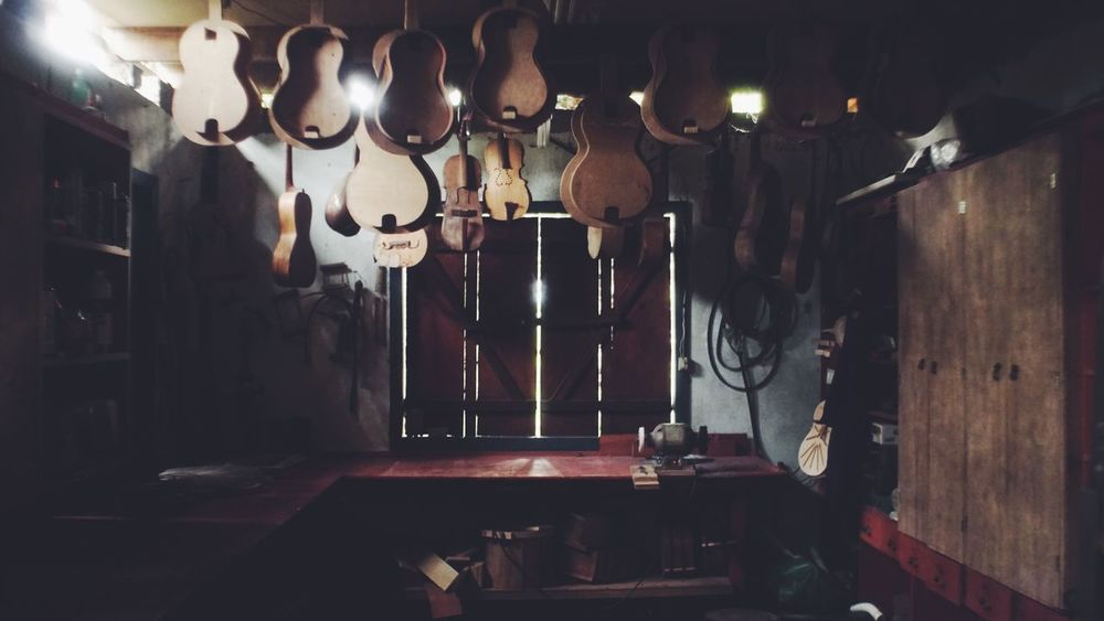 Indoors  No People Illuminated Luthier Guitar Brazil Folklore Fandango Valadares A6000 Vscocam Workshop