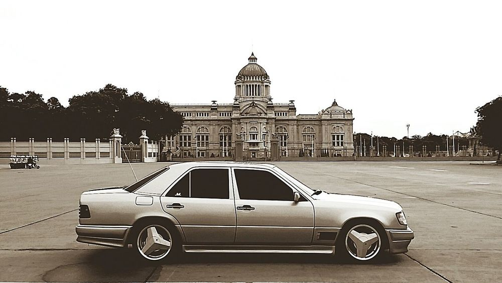 The Palace Of The King Bangkok Thailand. Mercedes-Benz W124owner