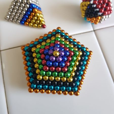 eyes candy Art And Craft ArtWork Art is Everywhere ArtInMyLife BUCKYBALL Gem-like Ball Multi Colored Beauty Close-up